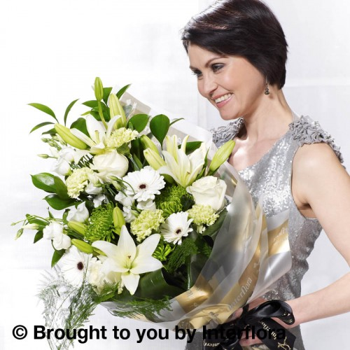 Large White Simplicity Presentation Bouquet product image