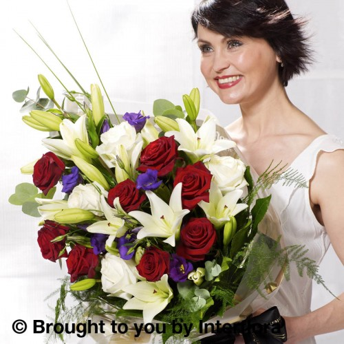 Extra Large - Vivid Elegance Presentation Bouquet product image